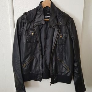 Urban Outfitters BDG bomber jacket. Size Large